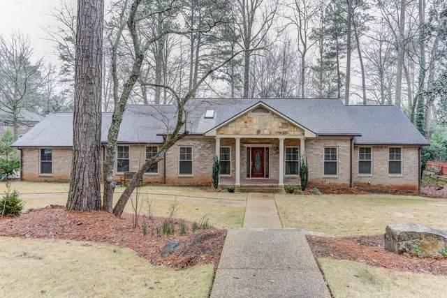560 Glen Eagles Circle SE, Marietta, GA 30067 (MLS #6680233) :: RE/MAX Prestige