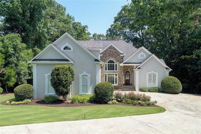 5906 Stuart Drive, Flowery Branch, GA 30542 (MLS #6680823) :: The Heyl Group at Keller Williams