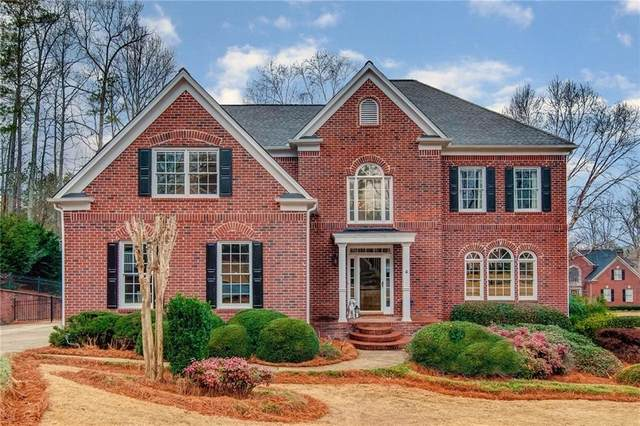 690 Copper Creek Circle, Alpharetta, GA 30004 (MLS #6681301) :: North Atlanta Home Team