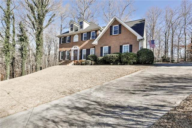 91 Saint Martin Drive, Suwanee, GA 30024 (MLS #6681414) :: North Atlanta Home Team