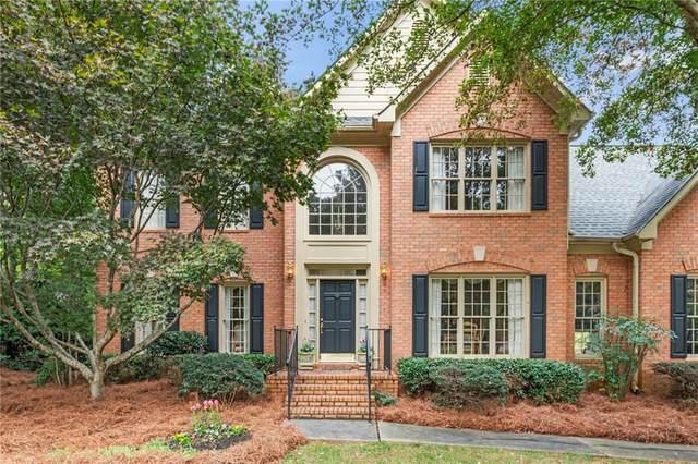 2557 Forest Meadow Lane, Lawrenceville, GA 30043 (MLS #6683466) :: North Atlanta Home Team