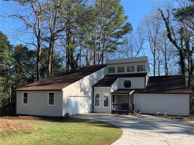 5225 Amhurst Drive, Peachtree Corners, GA 30092 (MLS #6683736) :: Scott Fine Homes