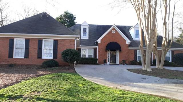 410 Wexford Way, Roswell, GA 30075 (MLS #6684375) :: The Cowan Connection Team