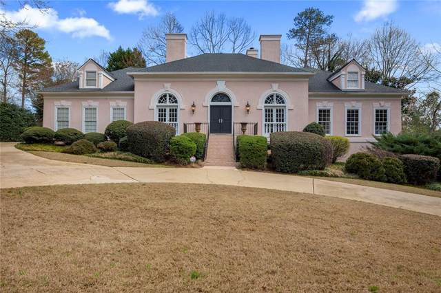 7705 N Spalding Lake Drive, Sandy Springs, GA 30350 (MLS #6684869) :: Good Living Real Estate