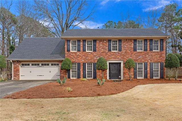 3342 River Birch Way NE, Roswell, GA 30075 (MLS #6685984) :: The Heyl Group at Keller Williams