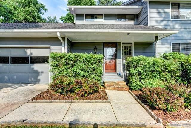 8070 Meadowsweet Trace, Roswell, GA 30076 (MLS #6687391) :: North Atlanta Home Team