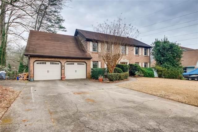 660 Creekwood Drive, Marietta, GA 30068 (MLS #6698452) :: The Heyl Group at Keller Williams