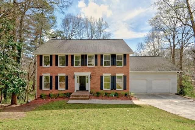 110 Farm Hill Circle, Roswell, GA 30075 (MLS #6700206) :: North Atlanta Home Team