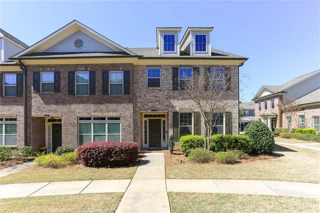 7965 Pierpoint Lane, Alpharetta, GA 30005 (MLS #6704083) :: The Realty Queen & Team
