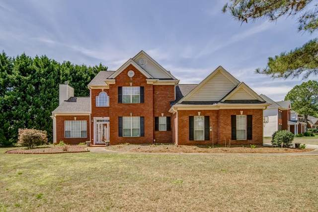 100 Brookcrest Court, Fayetteville, GA 30215 (MLS #6704437) :: The North Georgia Group