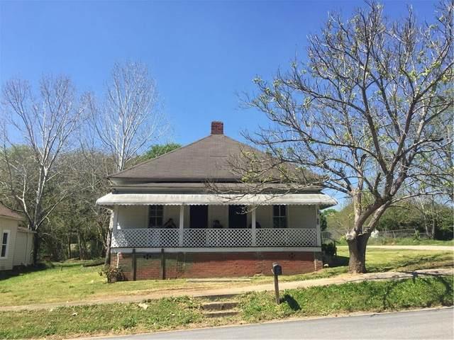 106 Grady Smith Street, Grantville, GA 30220 (MLS #6706749) :: The North Georgia Group