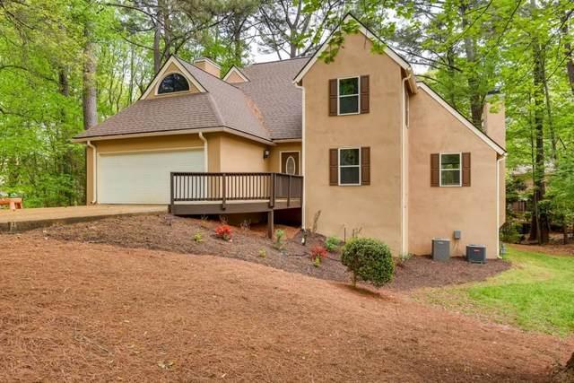 3591 Miller Farms Lane, Duluth, GA 30096 (MLS #6707936) :: Rock River Realty