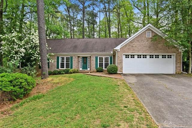 4083 Glen Meadow Drive, Peachtree Corners, GA 30092 (MLS #6707975) :: Scott Fine Homes at Keller Williams First Atlanta