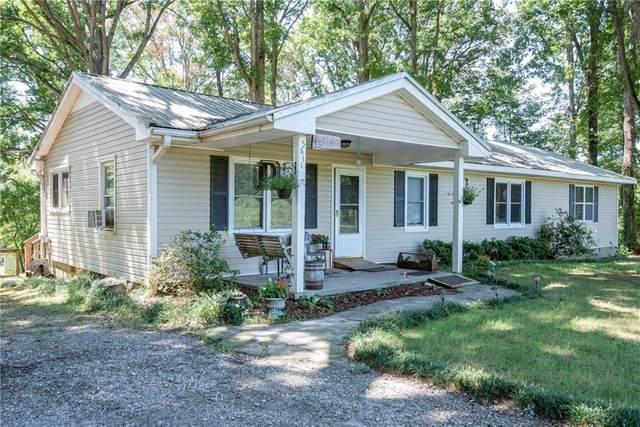 5811 Winder Highway, Jefferson, GA 30549 (MLS #6708286) :: Kennesaw Life Real Estate