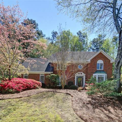 2765 Hazy Hollow Run, Roswell, GA 30076 (MLS #6710662) :: Thomas Ramon Realty