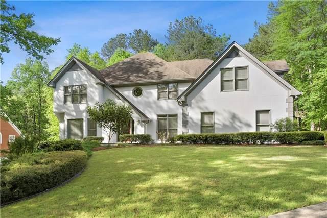 135 Spalding Creek Court, Sandy Springs, GA 30350 (MLS #6712775) :: North Atlanta Home Team