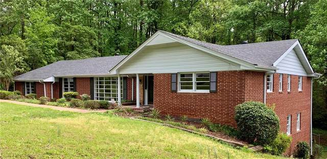 2990 W Peek Road NW, Atlanta, GA 30318 (MLS #6715532) :: North Atlanta Home Team
