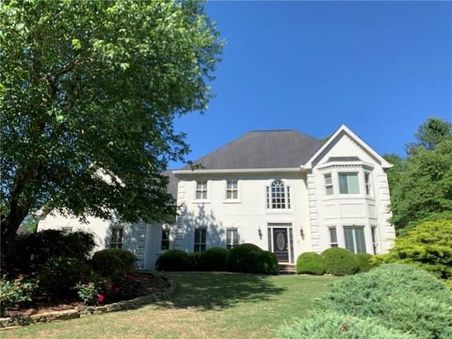 9200 Prestwick Club Drive, Johns Creek, GA 30097 (MLS #6719437) :: North Atlanta Home Team