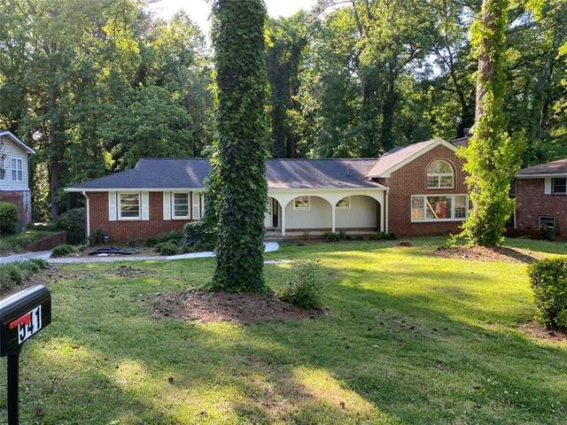 541 Collier Ridge Drive NW, Atlanta, GA 30318 (MLS #6720259) :: The Heyl Group at Keller Williams