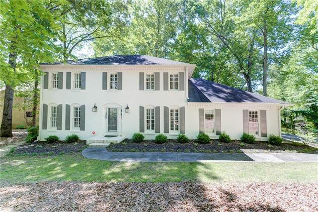3901 Glenraven Court NE, Roswell, GA 30075 (MLS #6722406) :: North Atlanta Home Team