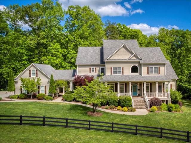 460 Bearslide Hollow, Dahlonega, GA 30533 (MLS #6722548) :: Charlie Ballard Real Estate