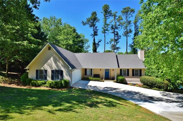 3631 Mitchell Lake Drive, Gainesville, GA 30506 (MLS #6722945) :: North Atlanta Home Team
