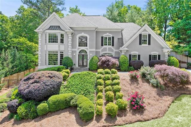 3855 Redcoat Way, Alpharetta, GA 30022 (MLS #6722953) :: The Zac Team @ RE/MAX Metro Atlanta