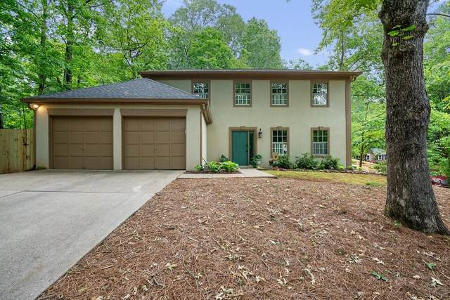 12095 Wallace Woods Lane, Alpharetta, GA 30004 (MLS #6724376) :: North Atlanta Home Team