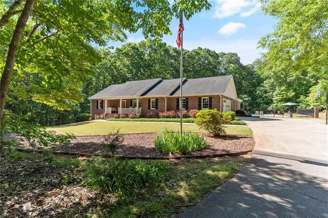 139 Berry Road, Mcdonough, GA 30252 (MLS #6724579) :: The Realty Queen & Team