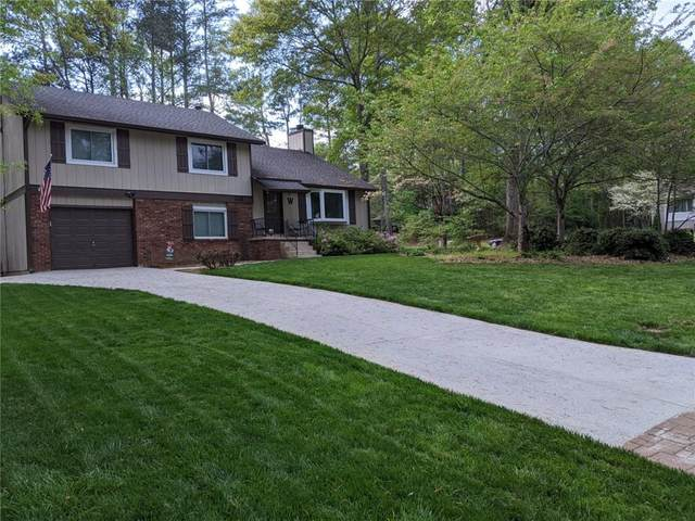 240 Michaela Drive, Alpharetta, GA 30009 (MLS #6726185) :: The Heyl Group at Keller Williams