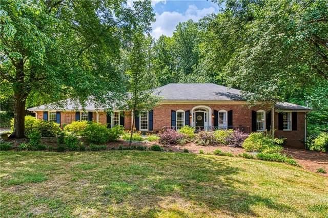 1430 Oakhaven Drive, Roswell, GA 30075 (MLS #6726991) :: The Butler/Swayne Team