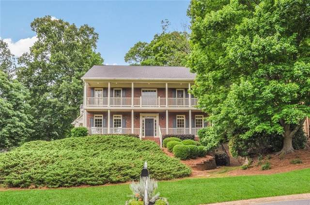 785 Woodrow Drive, Lawrenceville, GA 30043 (MLS #6728639) :: The Cowan Connection Team