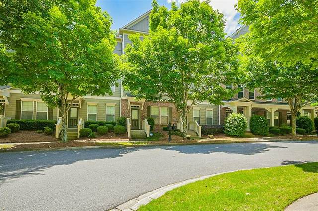 704 Village Field Court, Suwanee, GA 30024 (MLS #6728655) :: Charlie Ballard Real Estate
