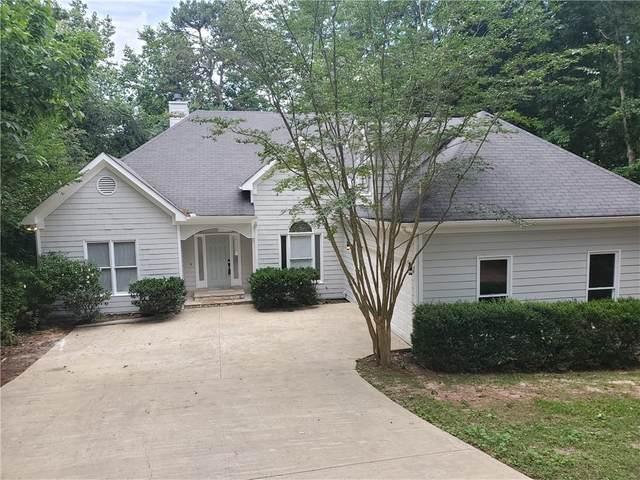 2552 Breton Court, Buford, GA 30518 (MLS #6729658) :: Charlie Ballard Real Estate