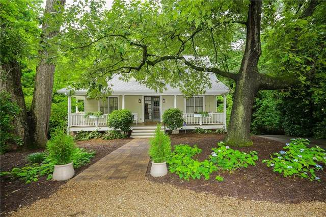 54 Woodstock Road, Roswell, GA 30075 (MLS #6730101) :: The Zac Team @ RE/MAX Metro Atlanta