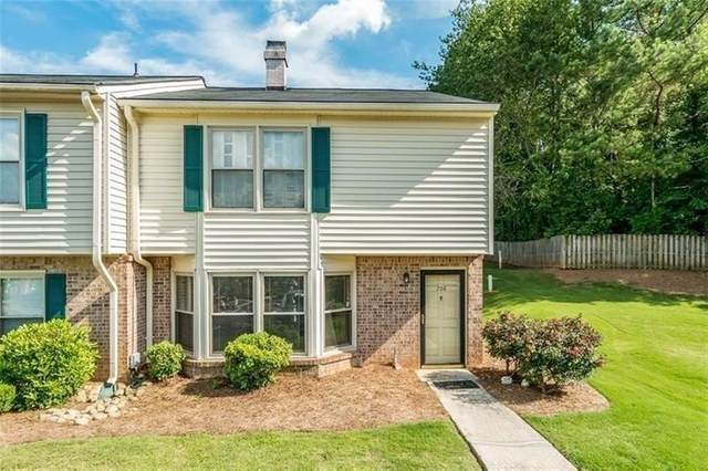 726 Longleaf Drive, Lawrenceville, GA 30046 (MLS #6731067) :: North Atlanta Home Team