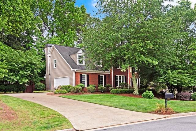 810 Devenish Lane, Roswell, GA 30075 (MLS #6731651) :: Kennesaw Life Real Estate