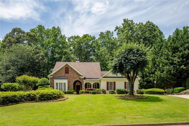 129 Highgrove Drive, Suwanee, GA 30024 (MLS #6731717) :: The Heyl Group at Keller Williams