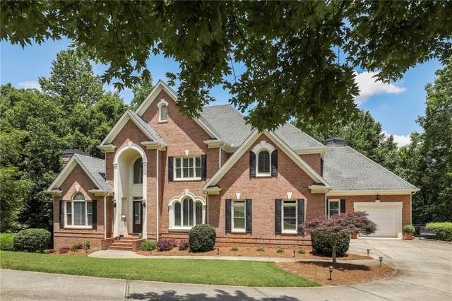 240 N Smead Court, Roswell, GA 30076 (MLS #6732753) :: The Butler/Swayne Team