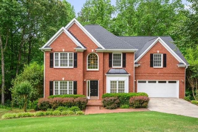 5121 Oak Chase Point NE, Roswell, GA 30075 (MLS #6733179) :: Charlie Ballard Real Estate
