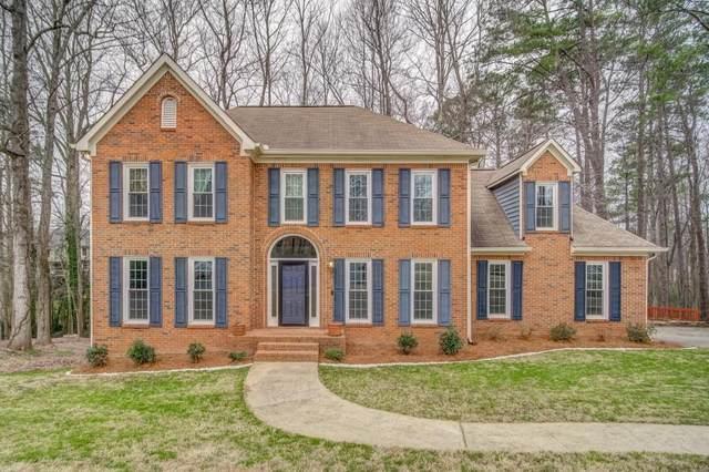 2194 Kenwood Court SW, Marietta, GA 30064 (MLS #6733209) :: Charlie Ballard Real Estate