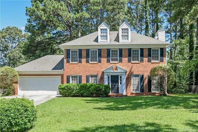 1371 Middleburg Hunt, Lawrenceville, GA 30043 (MLS #6734443) :: The Heyl Group at Keller Williams