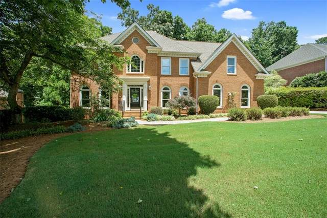 335 Hurst Bourne Lane, Johns Creek, GA 30097 (MLS #6736971) :: Scott Fine Homes at Keller Williams First Atlanta