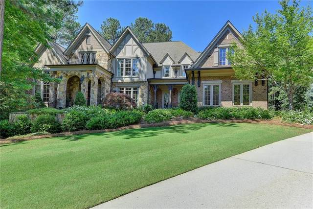 807 Blackfoot Trail, Suwanee, GA 30024 (MLS #6737765) :: The Heyl Group at Keller Williams