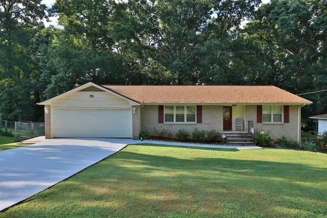 2906 Castle Drive, Lawrenceville, GA 30044 (MLS #6738808) :: North Atlanta Home Team