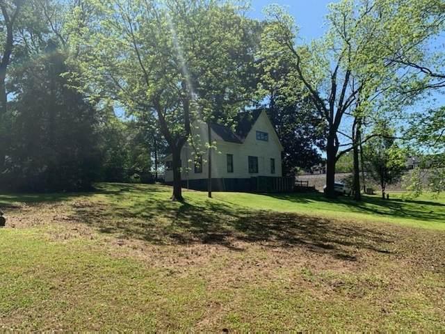 4490 Northside Drive, Acworth, GA 30101 (MLS #6738867) :: Kennesaw Life Real Estate