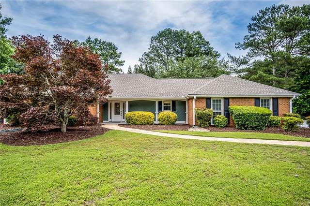145 Saddle Lake Drive, Roswell, GA 30076 (MLS #6739200) :: North Atlanta Home Team