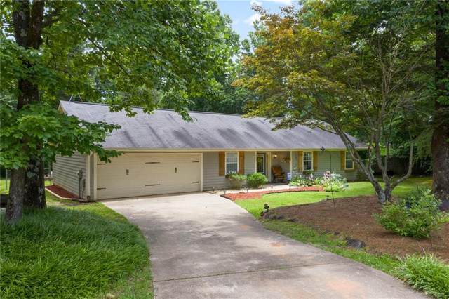 8497 Dawsonville Highway, Dawsonville, GA 30534 (MLS #6739582) :: The North Georgia Group