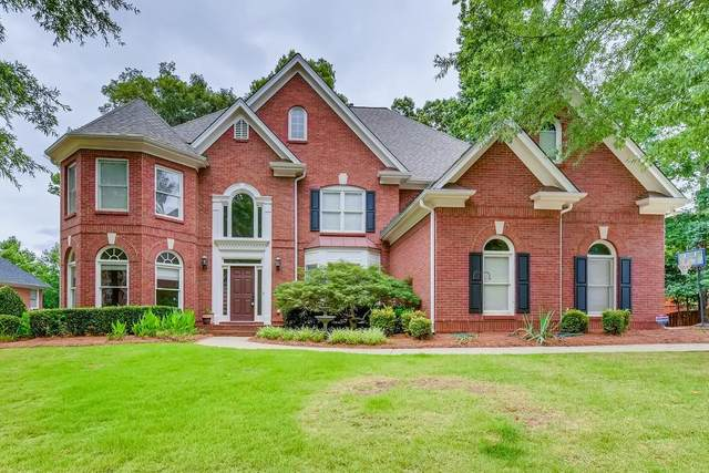 215 Amesdale Court, Alpharetta, GA 30022 (MLS #6740100) :: North Atlanta Home Team