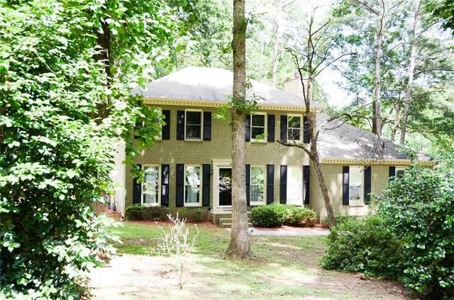 817 Huntington Way NW, Lilburn, GA 30047 (MLS #6741019) :: North Atlanta Home Team